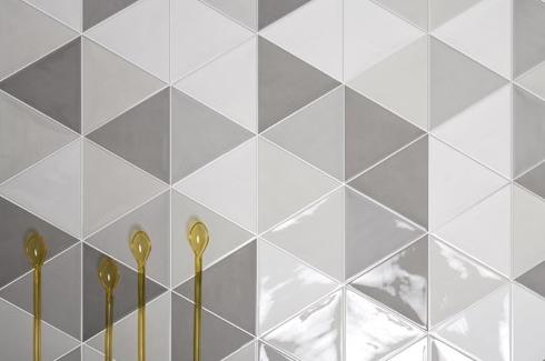 tegel inspiratie driehoekige tegels